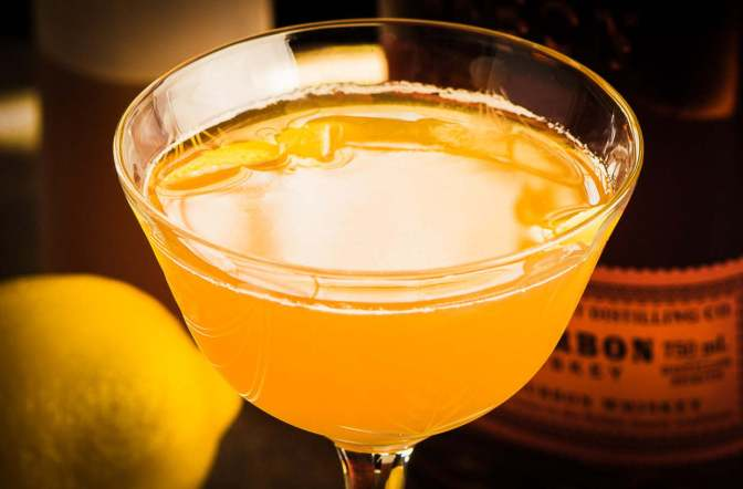 Cocktail of the Week: Gold Rush