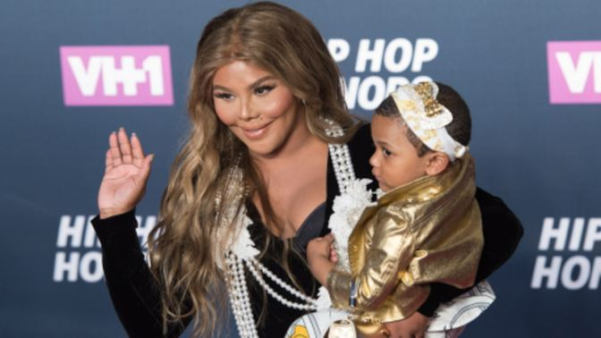Lil Kim Linked To House Robbery at BET awards