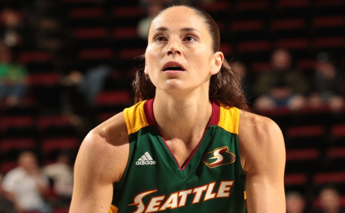 Bird, Moore Highlight WNBA 3-Point Contest