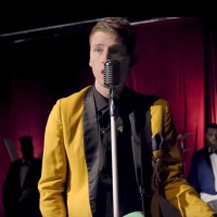 "New Video: Machine Gun Kelly ""Let You Go"""
