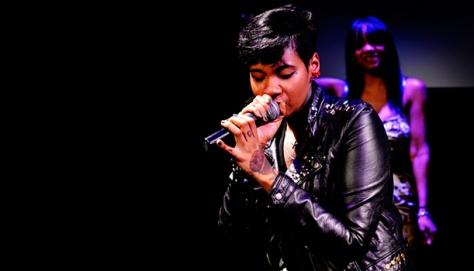 jean-grae-performing
