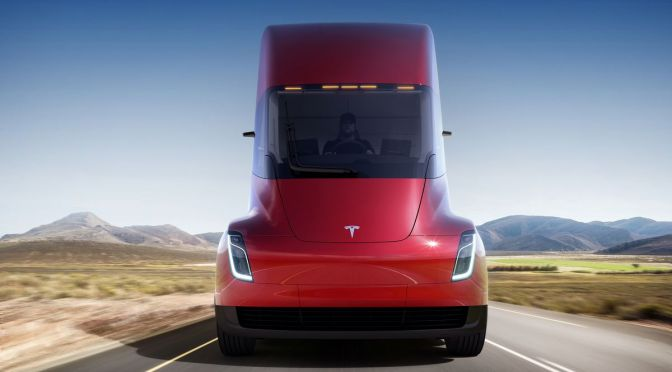 Tesla Motors Rocks The Trucking Industry With The Release of Its New Semi