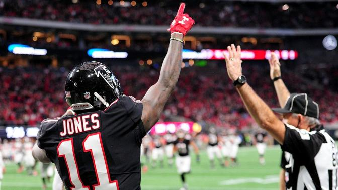 Falcons and Superstar Receiver Julio Jones talks heat up
