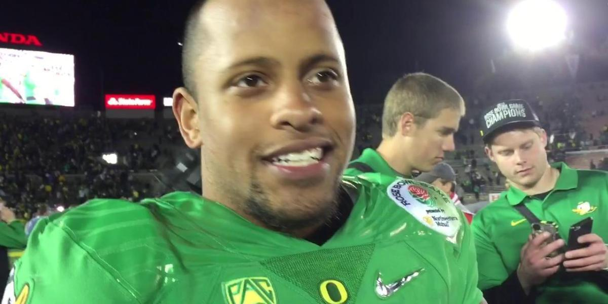 Former Oregon Football Star Takes Down School Shooter